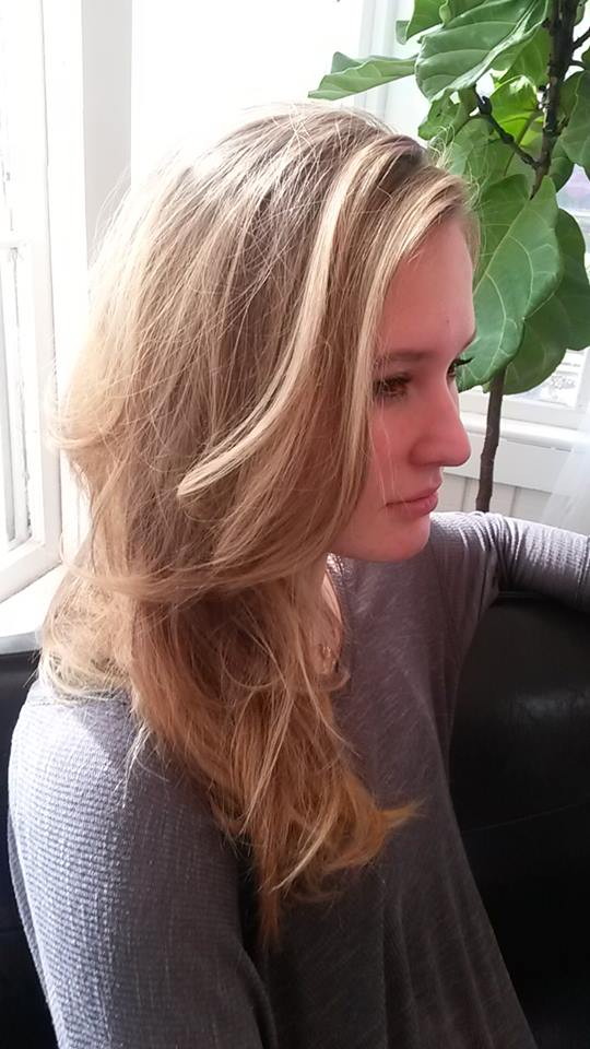 Subtle balayage blonde = WINNING.